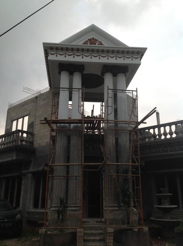 Proyek Instalasi Pilar GRC Rumah Pribadi di Kota Wisata